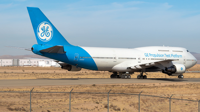 N747GF - Boeing 747-446 - General Electric