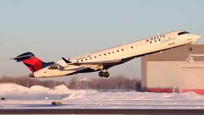 N317CA - Bombardier CRJ-701 - Delta Connection (Endeavor Air)
