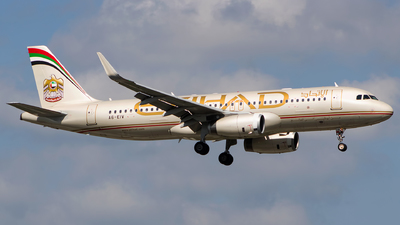 A6-EIV - Airbus A320-232 - Etihad Airways