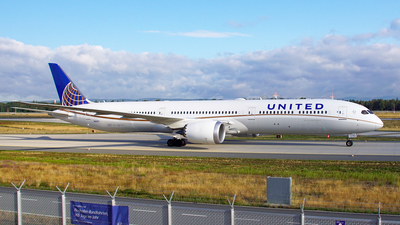 N16009 - Boeing 787-10 Dreamliner - United Airlines