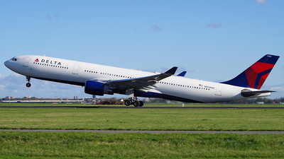 N804NW - Airbus A330-323 - Delta Air Lines