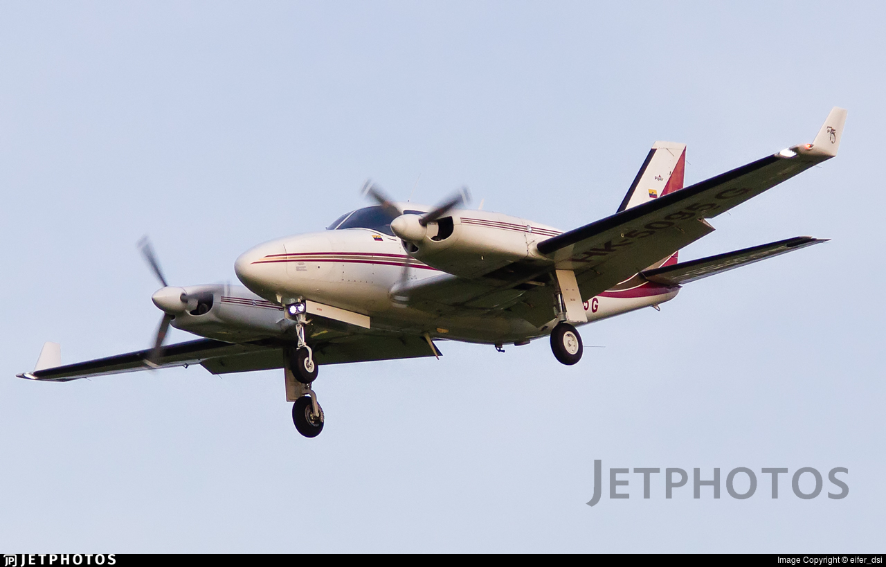 HK-5095-G - Piper PA-31-325 Navajo C/R - Private