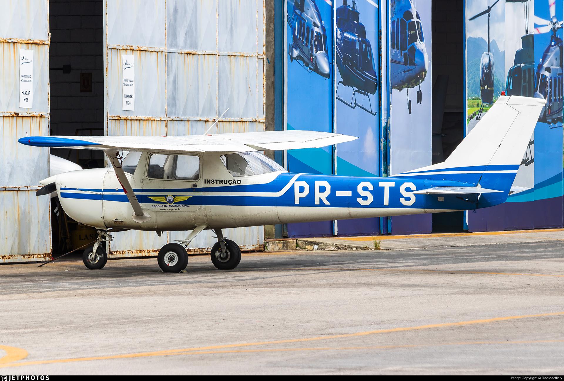 PR-STS - Cessna 150H - STS - Escola de Aviacao Civil