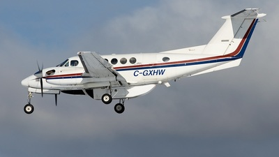 A picture of CGXHW - Cirrus SR22 - [3406] - © Alevik