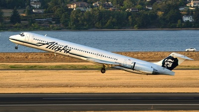 N972AS - McDonnell Douglas MD-83 - Alaska Airlines