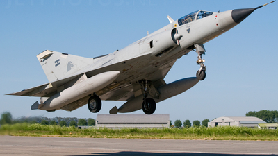 I-018 - Dassault Mirage 3EA - Argentina - Air Force