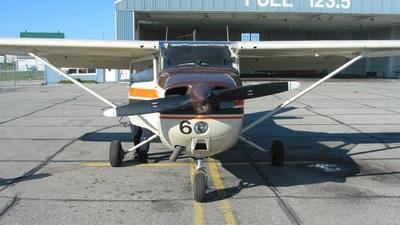 A picture of CGGFV - Cessna 172N Skyhawk - [17273938] - © RodFarva