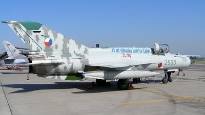2500 - Mikoyan-Gurevich MiG-21MFN Fishbed J - Czech Republic - Air Force