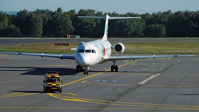 CS-TPB - Fokker 100 - PGA Portugália Airlines