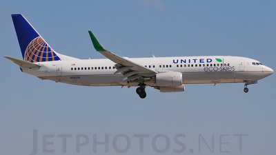 N76516 - Boeing 737-824 - United Airlines (Continental Airlines)