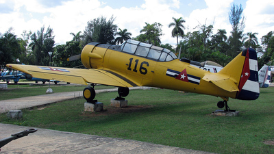 116 - North American AT-6F Texan - Cuba - Air Force
