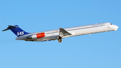 LN-RMR - McDonnell Douglas MD-82 - Scandinavian Airlines (SAS)