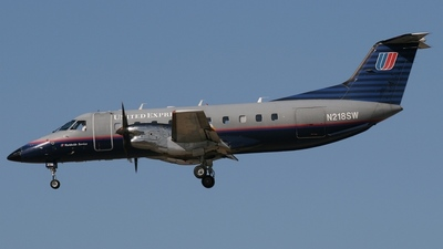 A picture of N218SW -  - [] - © Justin Sutton