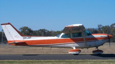 A picture of VHJXP - Cessna R172K Hawk XP - [R1722085] - © ADG