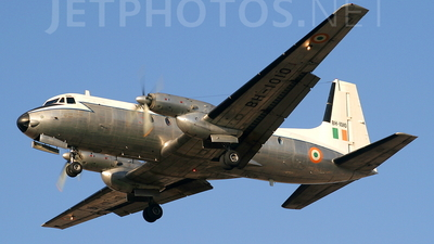 BH1010 - Hawker Siddeley HS-748 Series 203 - India - Air Force
