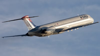 N989DL - McDonnell Douglas MD-88 - Delta Air Lines