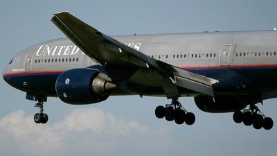 N788UA - Boeing 777-222(ER) - United Airlines