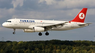 TC-JPE - Airbus A320-232 - Turkish Airlines