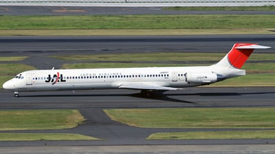 JA8557 - McDonnell Douglas MD-81 - Japan Airlines (JAL)