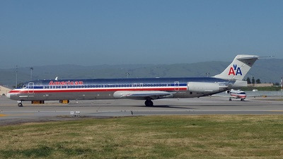 N7542A - McDonnell Douglas MD-82 - American Airlines