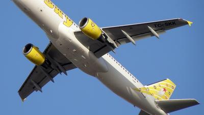 TC-SKK - Airbus A320-211 - Sky Airlines