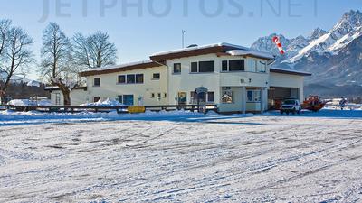 LOIJ - Airport - Terminal