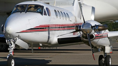 N900RH - Beechcraft B200 Super King Air - Private