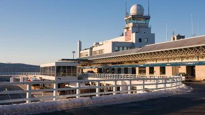 KBDL - Airport - Terminal