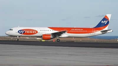 OY-VKA - Airbus A321-211 - MyTravel Airways AS
