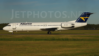 VH-XWT - Fokker 100 - Alliance Airlines