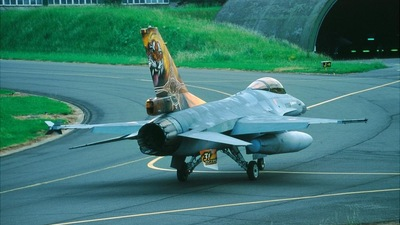 FA-93 - General Dynamics F-16AM Fighting Falcon - Belgium - Air Force