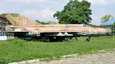 525 - Mikoyan-Gurevich MiG-21bis Fishbed L - Bulgaria - Air Force