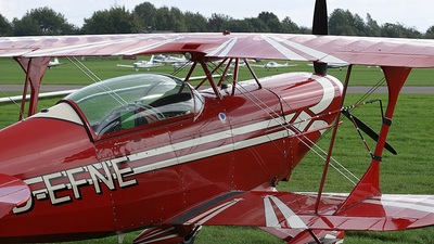 D-EFNE - Pitts S-2B - Private