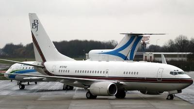 N737BZ - Boeing 737-73Q(BBJ) - Boeing Business Jets