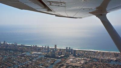 VH-WSL - Cessna 172 Skyhawk - Qantas