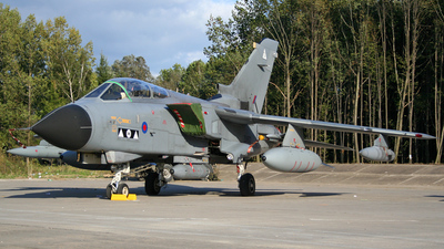 ZA612 - Panavia Tornado GR.4 - United Kingdom - Royal Air Force (RAF)