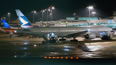 B-HNQ - Boeing 777-367 - Cathay Pacific Airways