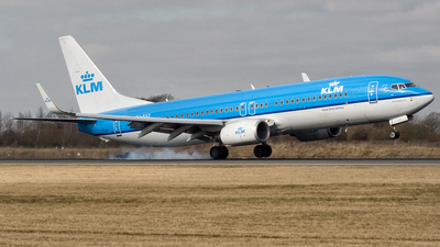 PH-BXZ - Boeing 737-8K2 - KLM Royal Dutch Airlines