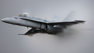164062 - McDonnell Douglas F/A-18C Hornet - United States - US Navy (USN)