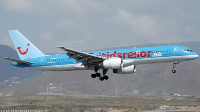 SE-DUP - Boeing 757-236 - TUIfly Nordic