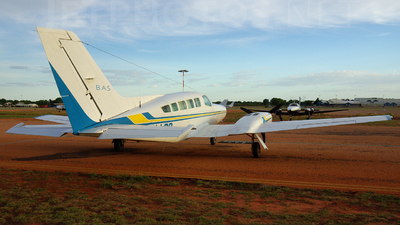 A picture of VHLBB - Cessna 402C - [402C0283] - © Martin Eadie