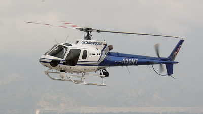 N30NT - Eurocopter AS 350B2 Ecureuil - United States - Ontario Police