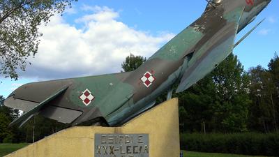 4499 - WSK-Mielec Lim-6M - Poland - Air Force
