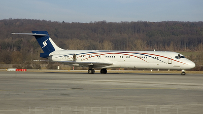 P4-AIR - McDonnell Douglas MD-87 - Private
