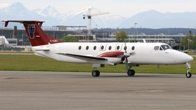 C-GCMT - Beech 1900C - Northern Thunderbird Air