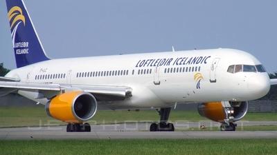 TF-LLZ - Boeing 757-225 - Loftleiðir Icelandic