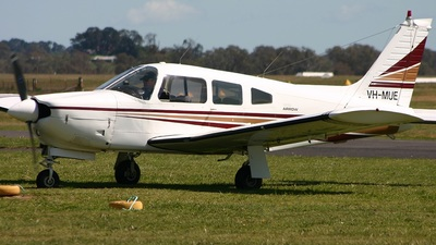 A picture of VHMUE - Cirrus SR20 - [1374] - © Matthew Southwell