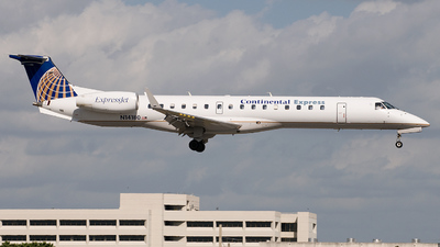 N14186 - Embraer ERJ-145XR - Continental Express (ExpressJet Airlines)