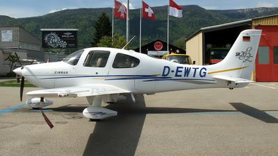 D-EWTG - Cirrus SR20-G2 - Aero-Beta Flight Training