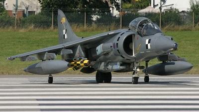 ZD318 - British Aerospace Harrier GR.7 - United Kingdom - Royal Air Force (RAF)
